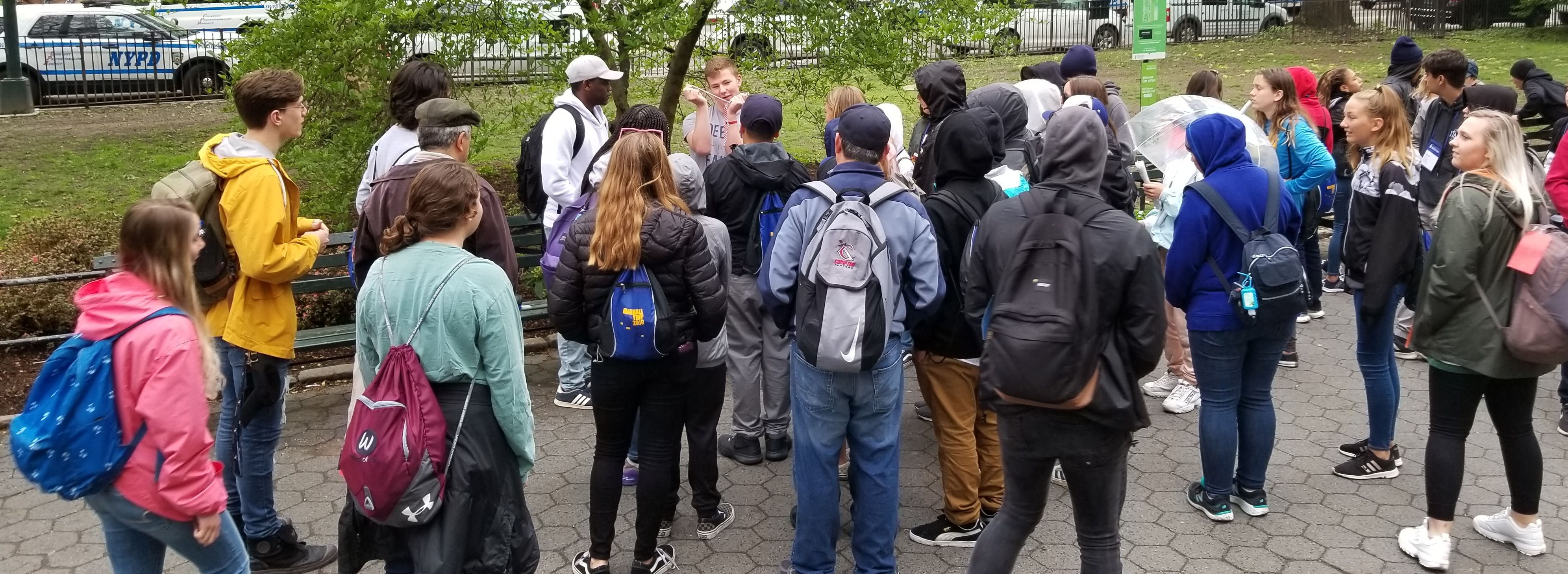 Ben found a high school group (and their teachers) in Central Park and turned the Open Air Campaigners famous 'rope trick' into an impromptu open air gospel message!